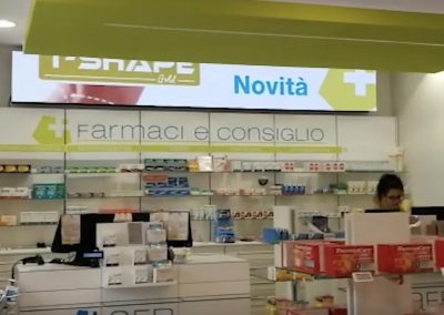 hapsystem display pubblicitari farmacia -1