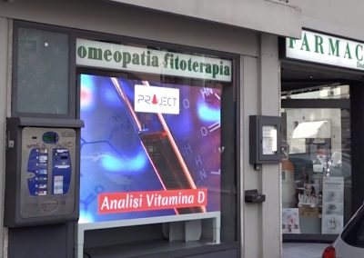 hapsystem display pubblicitari farmacia -4
